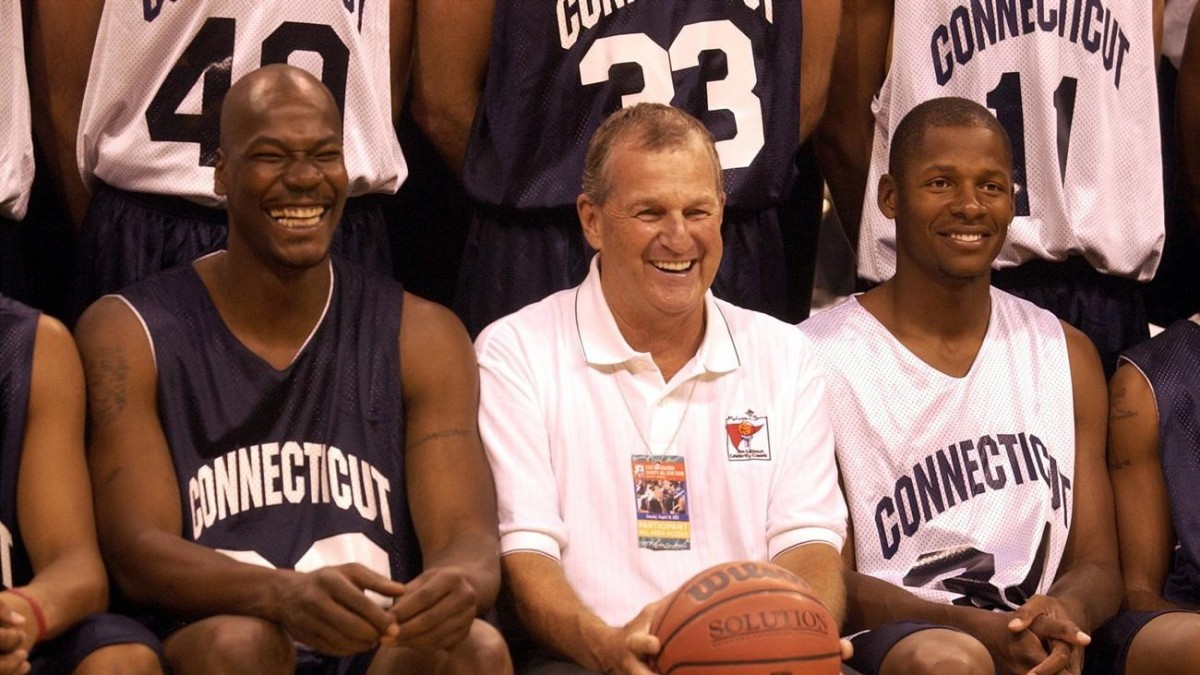 Hartford Courant UConn s Cliff Robinson Enters Marijuana